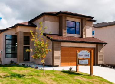 EXTERIOR-1-Hilton-Homes-47-Eaglewood-Exterior-2